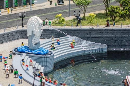 legoland merlion Lets go to Legoland!