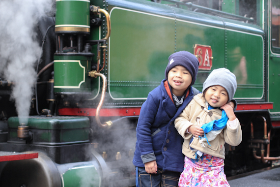 kids puffing billy