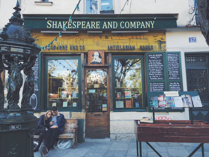 shakespeare and co-2